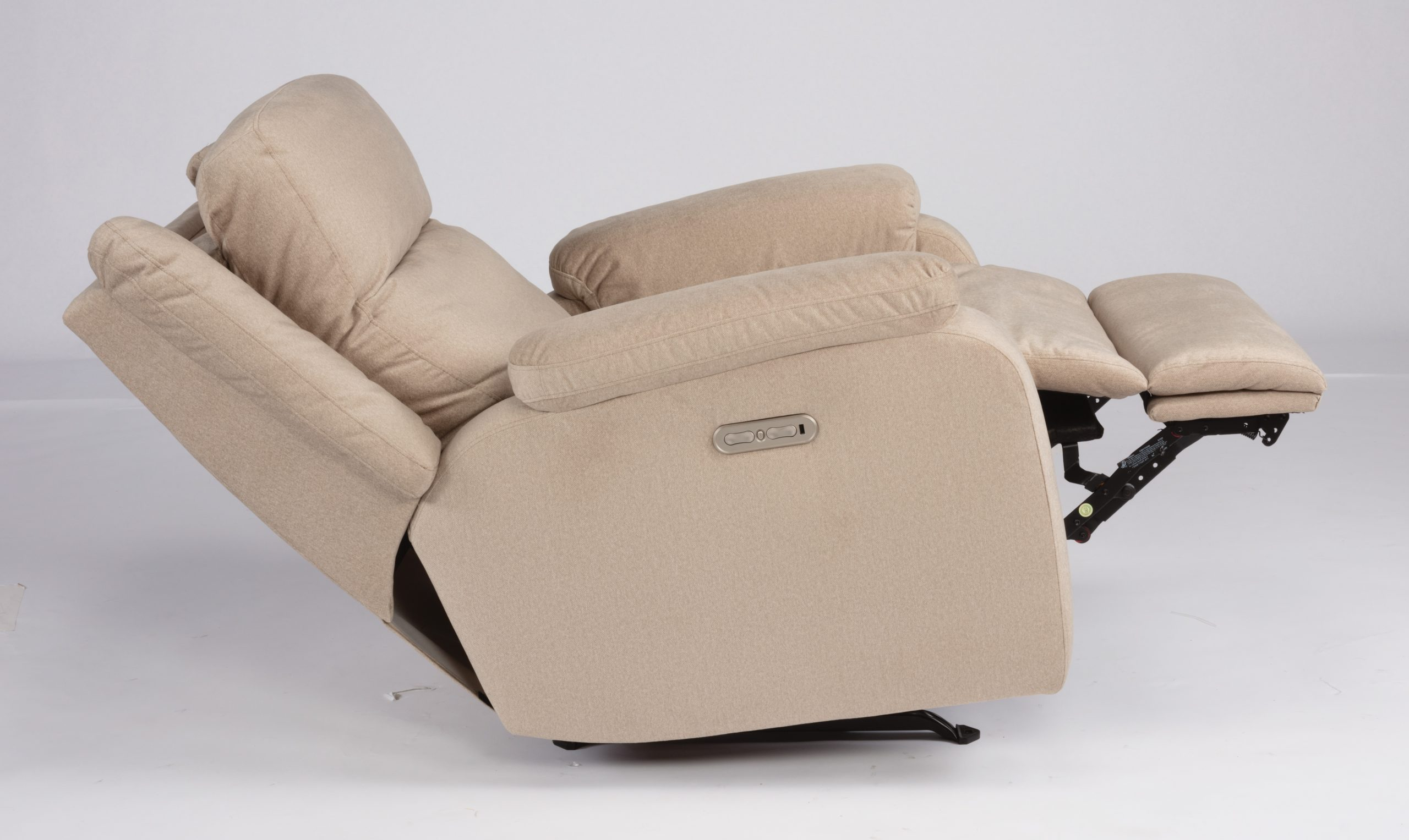 Flexsteel Magnus Leather Power Recliner with Headrest (Recliners)